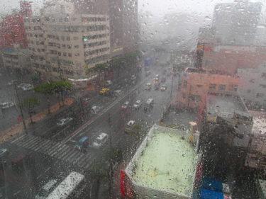【那覇-台風②】台風でホテルに缶詰め体験。沖縄旅行はどうなった?リアルレポート!(台風本番の章)